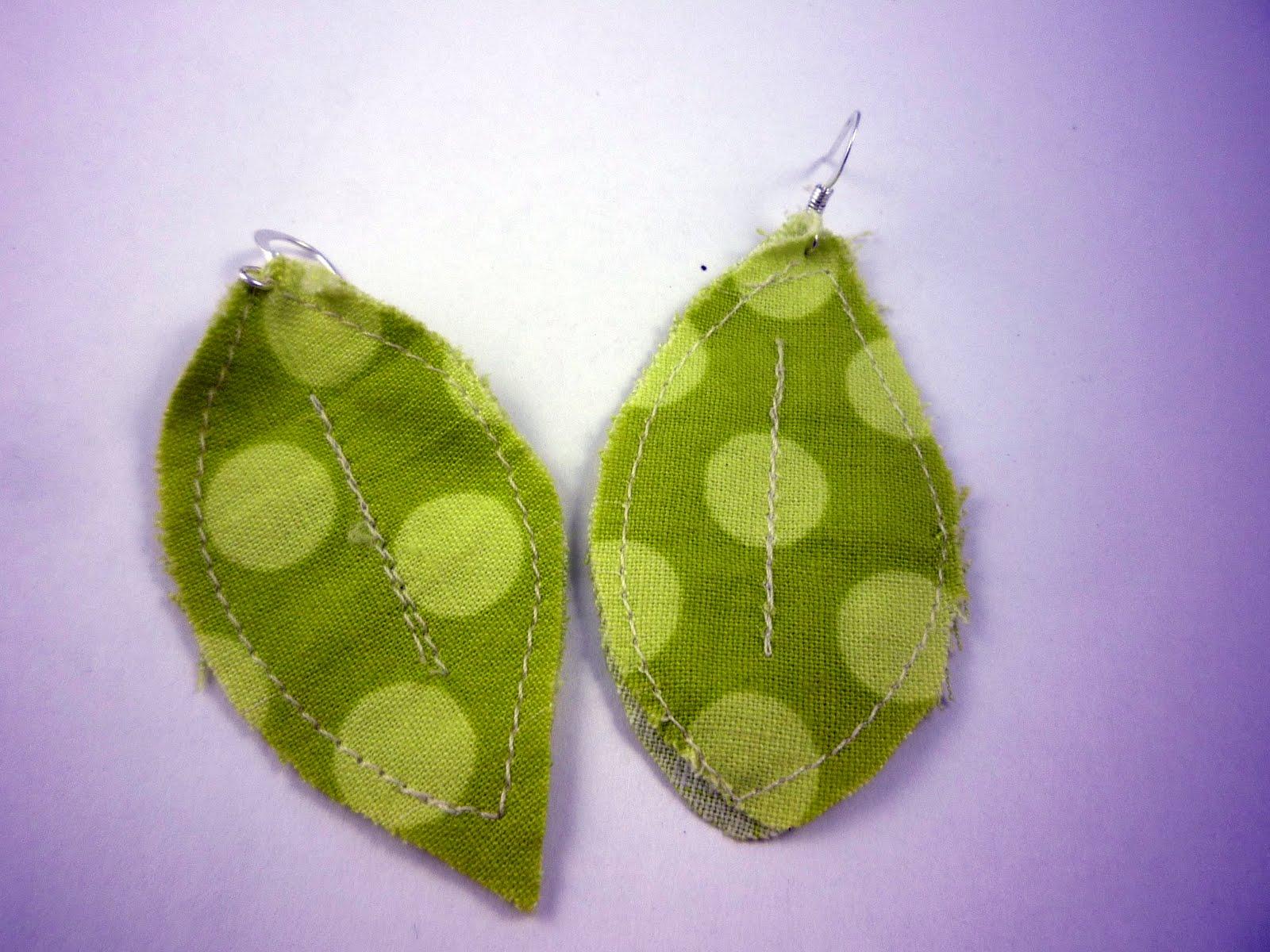 别致的织物叶耳环|聪明的缝纫工程到upcycle织物废料